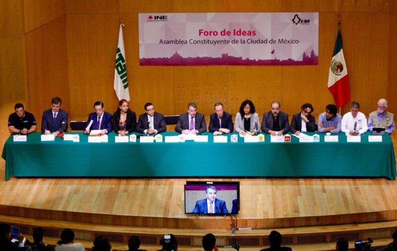 El INE y el IEDF han organizado una serie de encuentros entre los candidatos a integrar la Asamblea Constituyente para que presenten sus propuestas a la ciudadanía.