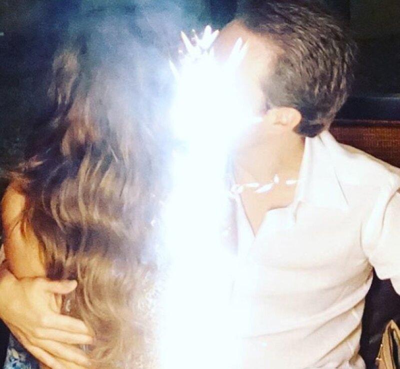 La cantante festejó junto a su esposo, Manuel Velasco.