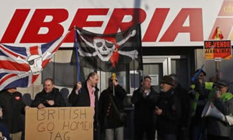 Las manifestaciones cuestan a Iberia 3 millones de euros al día. (Foto: Reuters)