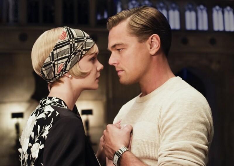Jay Gatsby, interpretado por Leonardo DiCaprio, está enamorado perdidamente de Daisy.