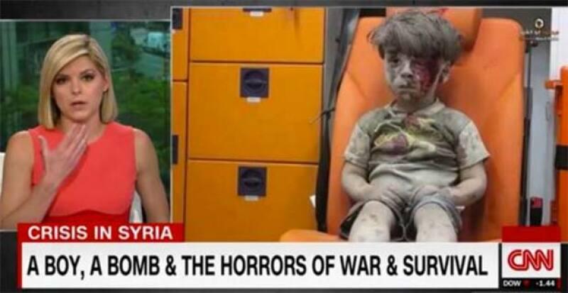La imagen de Omran Daqnessh, el niño sirio de 5 años de edad que sobrevivió un ataque de bomba en Aleppo, hizo que la presentadora de noticias Kate Bolduan tuviera un break down en plena transmisión.