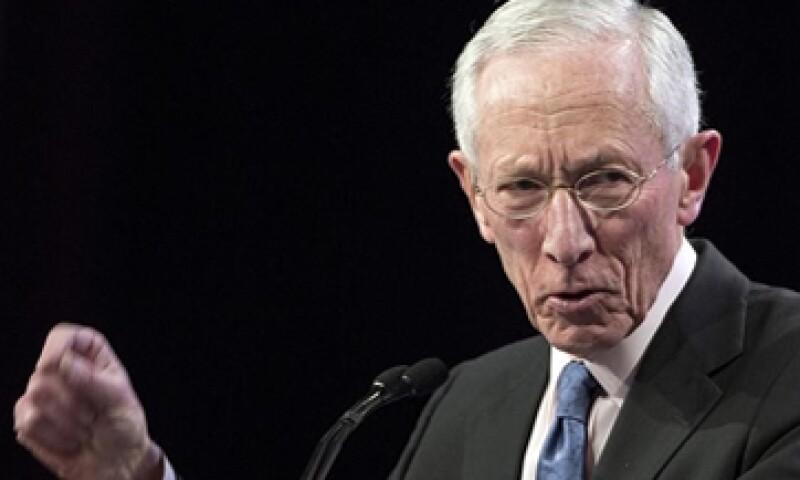El vicepresidente del Banco central estadounidense, Stanley Fischer, dijo que la caída del precio del petróleo y otros problemas se están disipando. (Foto: Reuters)