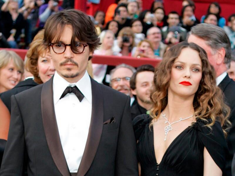 Sin embargo, Depp dijo hace unos meses que ambos estaban tratando de salvar su matrimonio por el bien de sus hijos y por el cariño que existe entre ellos.
