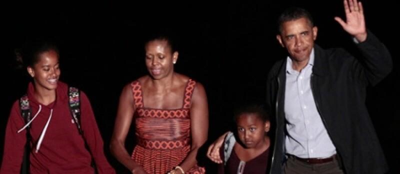 Michelle y Barack se preocupan por la educación de sus hijas.
