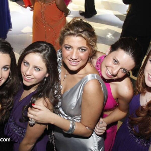 Begoña Garina,Fabiola Kuri,Jimena Nieto,María Barroso y Mariana Rotzinger