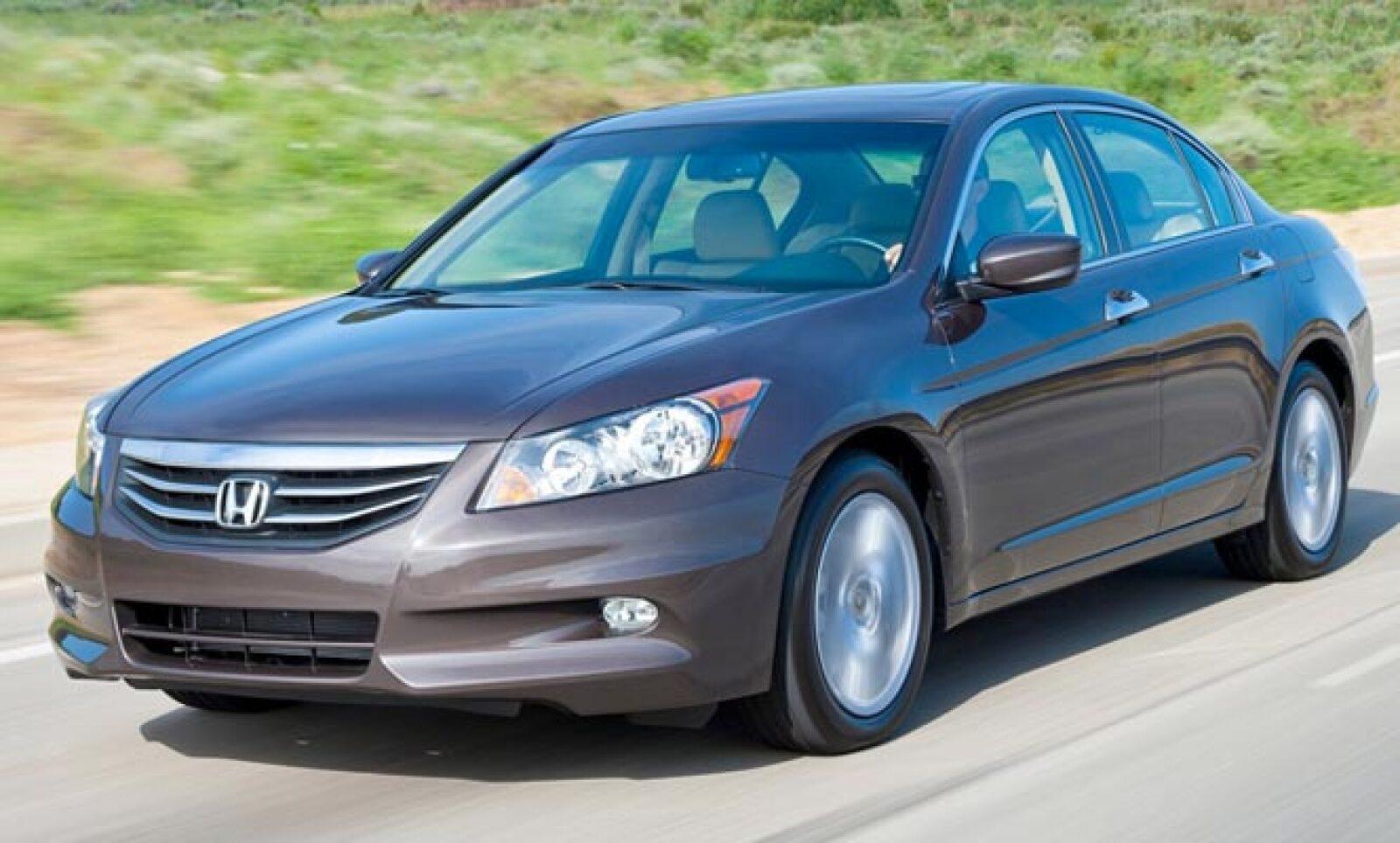 El modelo de Honda se lleva el primer puesto en esta categoría, con 1,905 unidades comercializadas en el primer semestre de 2011, según cifras de la Asociación Mexicana de la Industria Automotriz (AMIA).