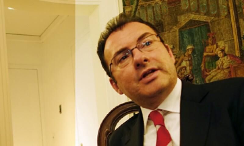 Videgaray dijo que la previsión de 2.3% del BM y la de Hacienda de 2.7% están en un rango comparable. (Foto: Notimex)