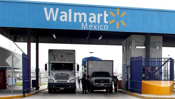 Walmart tiene 37 unidades de autoservicio en Oaxaca  y 51 en Chiapas de diferentes formatos como Walmart, Aurrerá y Sam's.
