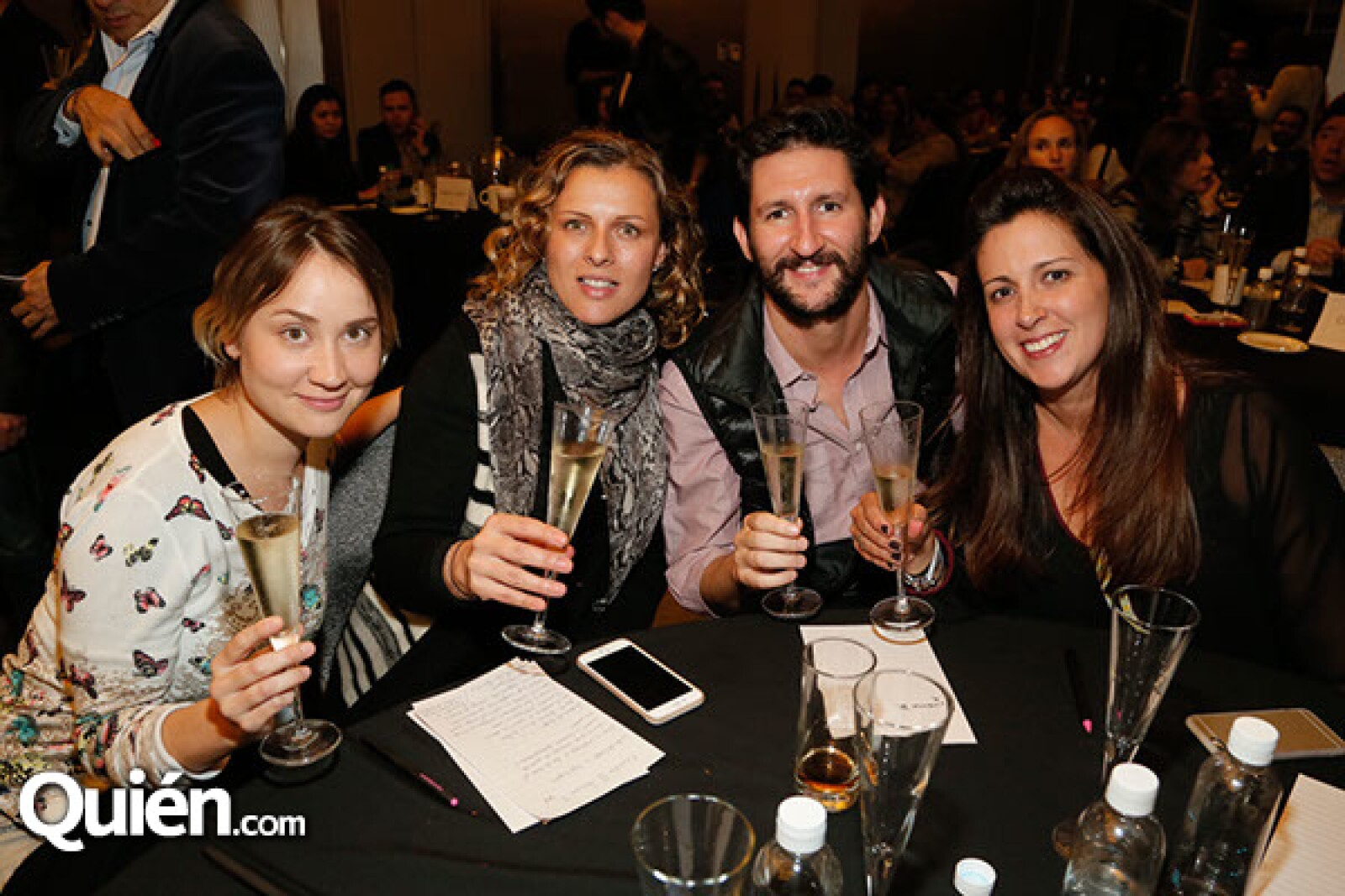 Stephanie Gil,Paola Perdomo,Alejandro Pardo y Gabriela Merodio