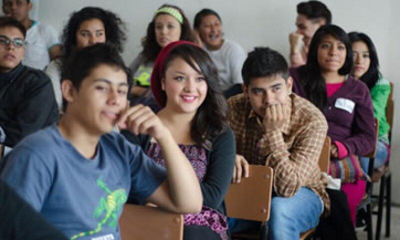 El crédito aprobado es el tercero de una serie para apoyar la Educación Media Superior. (Foto: Cuartoscuro)
