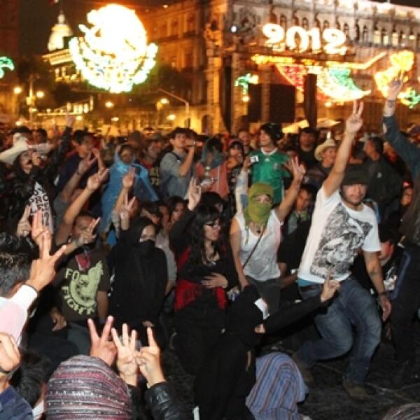 yosoy132 protesta en el zocalo, 15 de septiembre