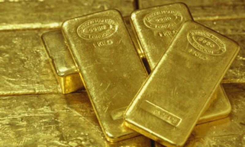 El oro se vio afectado porque grandes fondos de cobertura vendieron el material para cubrir pérdidas en otros mercados. (Foto: Photos to Go)