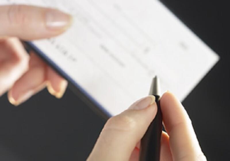 Los instrumentos de crédito son usados por personas y empresas para evitar el uso del efectivo. (Foto: Jupiter Images)