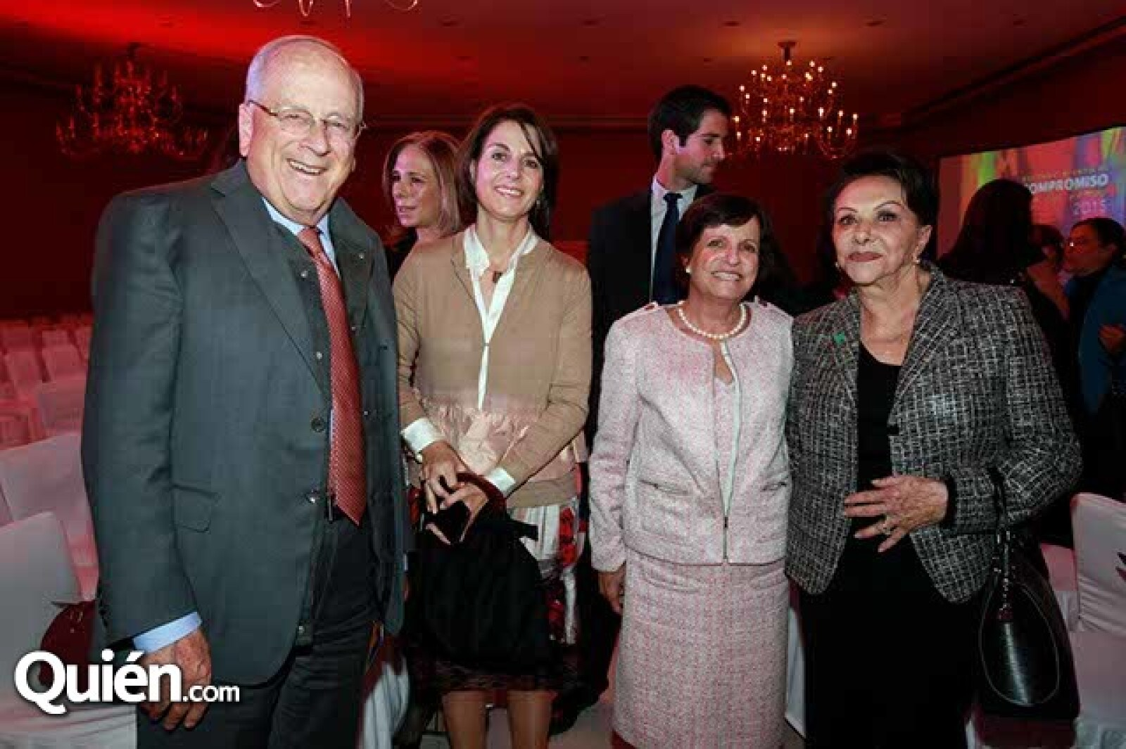 Claudio González,Viviana Rivera,Marisa Laresgoiti y Tere Huajardo