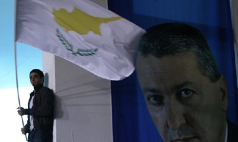 Si se le negaran esos fondos, Chipre quedaría al borde del abismo financiero. (Foto: AP)