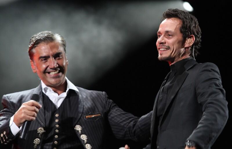 Aunque ya se confirmó que será Carlos Vives quien reemplazará a Luis Miguel en la gira con Alejandro Fernández, ahora se afirma que Marc Anthony será el tercer integrante en el tour.
