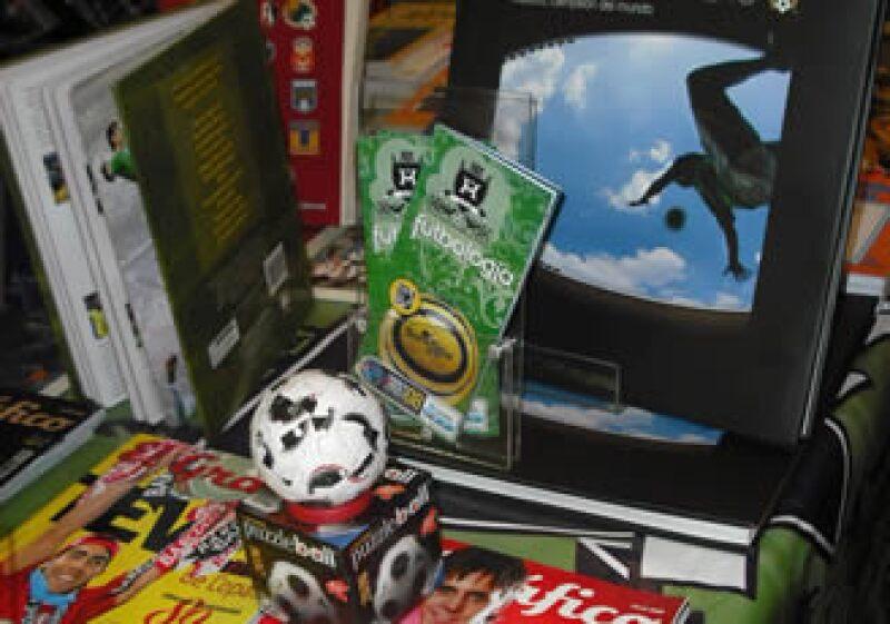Futbología cuenta con más de 500 títulos. (Foto: Cortesía)