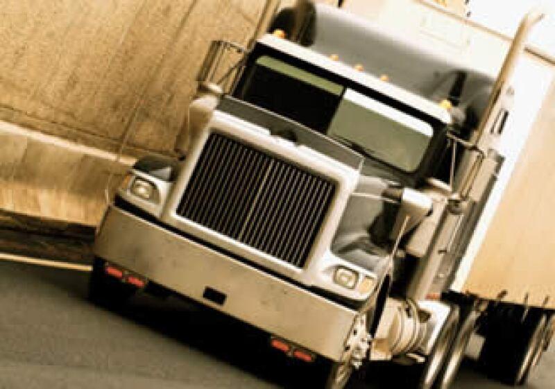 La solución del conflicto camionero entre México y EU tendrá que esperar más tiempo. (Foto: Jupiter Images)