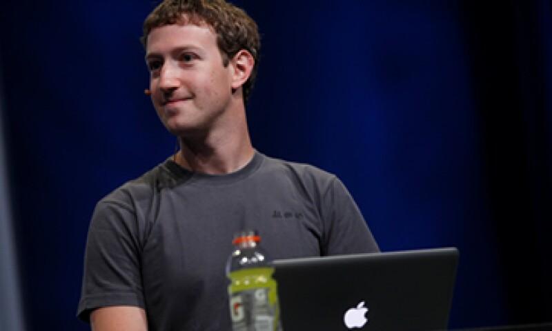 Hasta agosto de este año, la red social que actualmente dirige Zuckerberg sumaba 750 millones de usuarios en el mundo.  (Foto: Reuters)