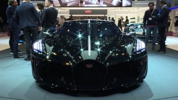 El Salón del Automóvil de Ginebra exhibe lujo sin límite