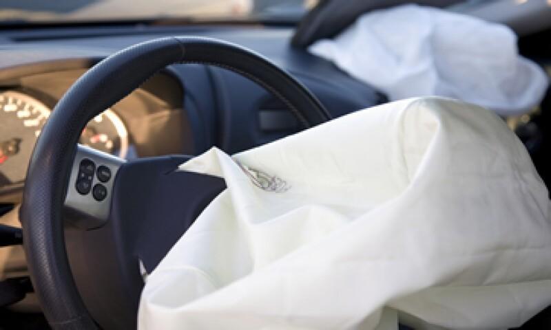 Takata y las automotrices han enfocado las revisiones de las bolsas de aire en las regiones con alta humedad. (Foto: iStock by Getty Images. )
