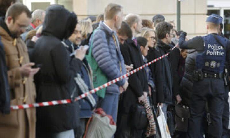 Bélgica elevó su alerta terrorista al máximo tras los atentados de este martes. (Foto: AFP)