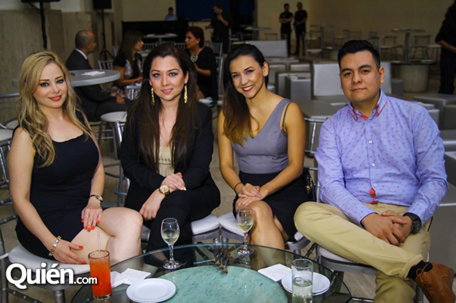 Irasema Rodríguez,Luci Leal,Caty Chavero y Emilio Lozano