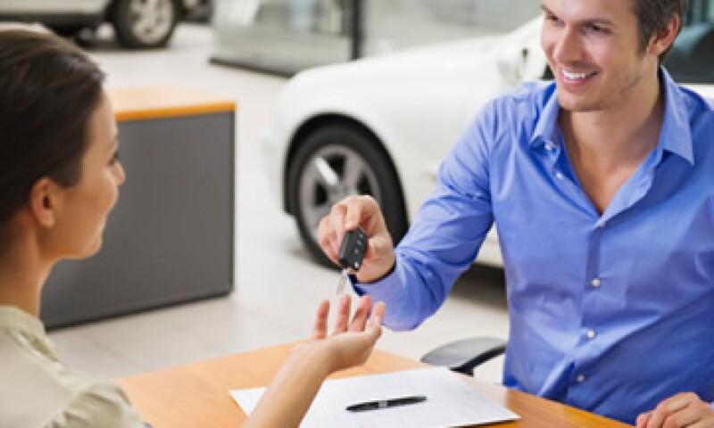 El autofinanciamiento contribuye con 7.8% de las ventas de vehículos en el país.  (Foto: Getty Images)