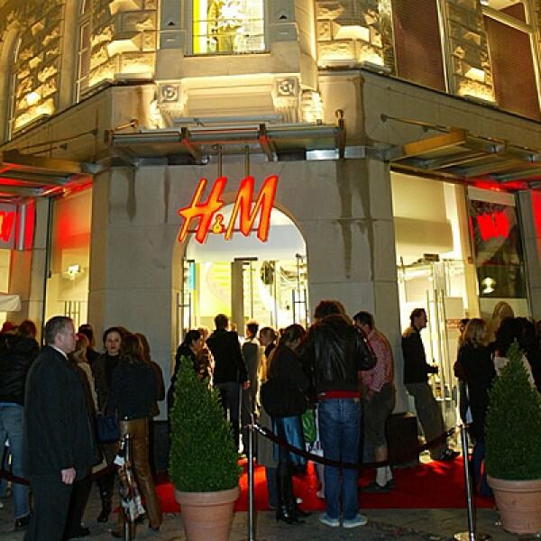 La primera tienda de H&M en Alemania se abrió en 1980; en la actualidad operan 393 establecimientos y representan el mayor mercado de la empresa a nivel mundial.