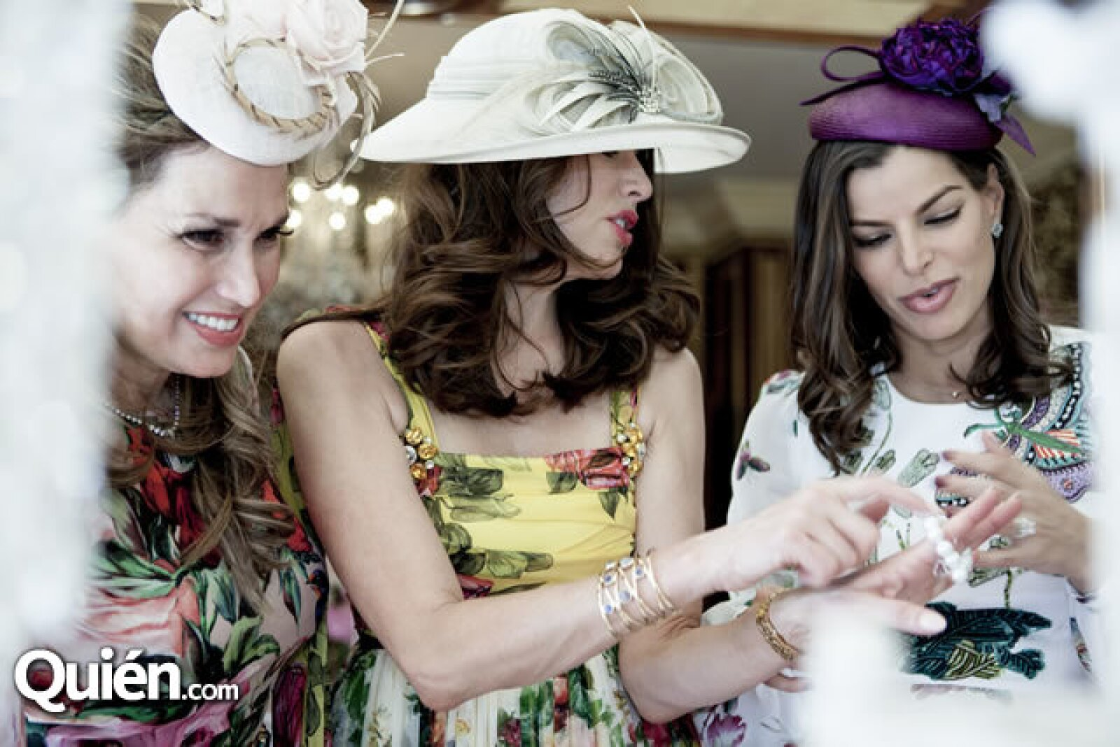 Sonia Falcone, Christina Estrada y Bárbara Coppel