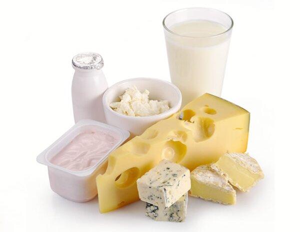 Si eres intolerante a la lactosa, podrías sufrir del abdomen hinchado.
