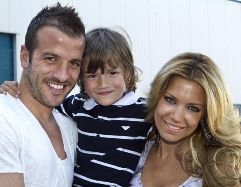 Rafa, Sylvie y su hijo Damián.