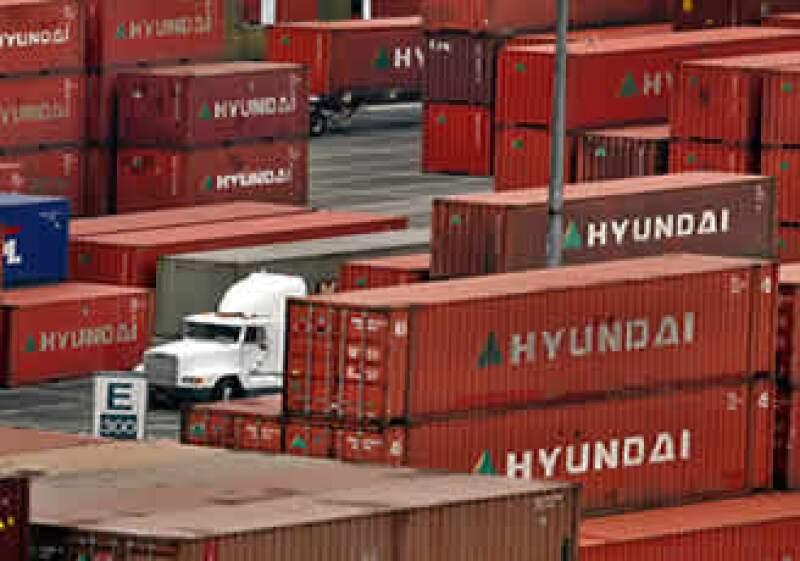 Colonet busca aprovechar la saturación de los puertos de la costa oeste de EU, como es el caso de Long Beach (Foto: AP)