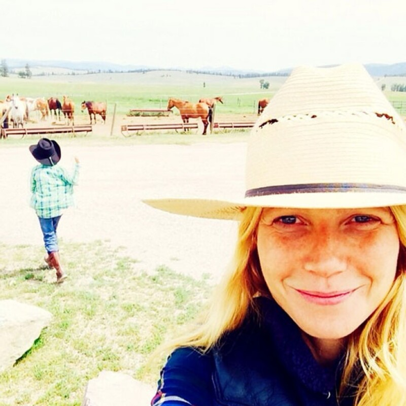 Gwyneth Paltrow también disfruta del relax que le da viajar a la playa.