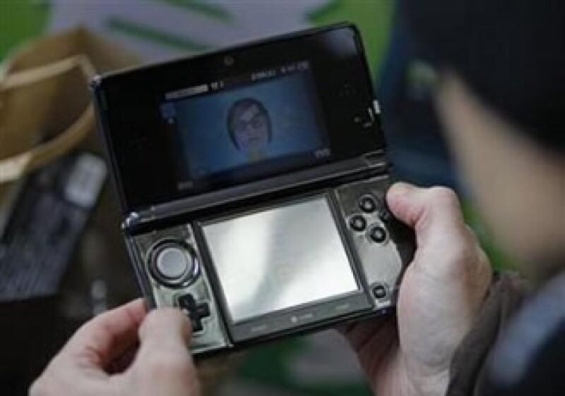 El 3DS fue lanzado en Japón el mes pasado y saldrá a la venta en Estados Unidos el 27 de marzo. (Foto: Reuters)