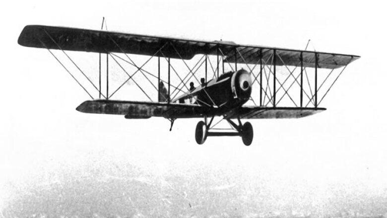 El primer vuelo se realizó sin escalas de Washington a México.