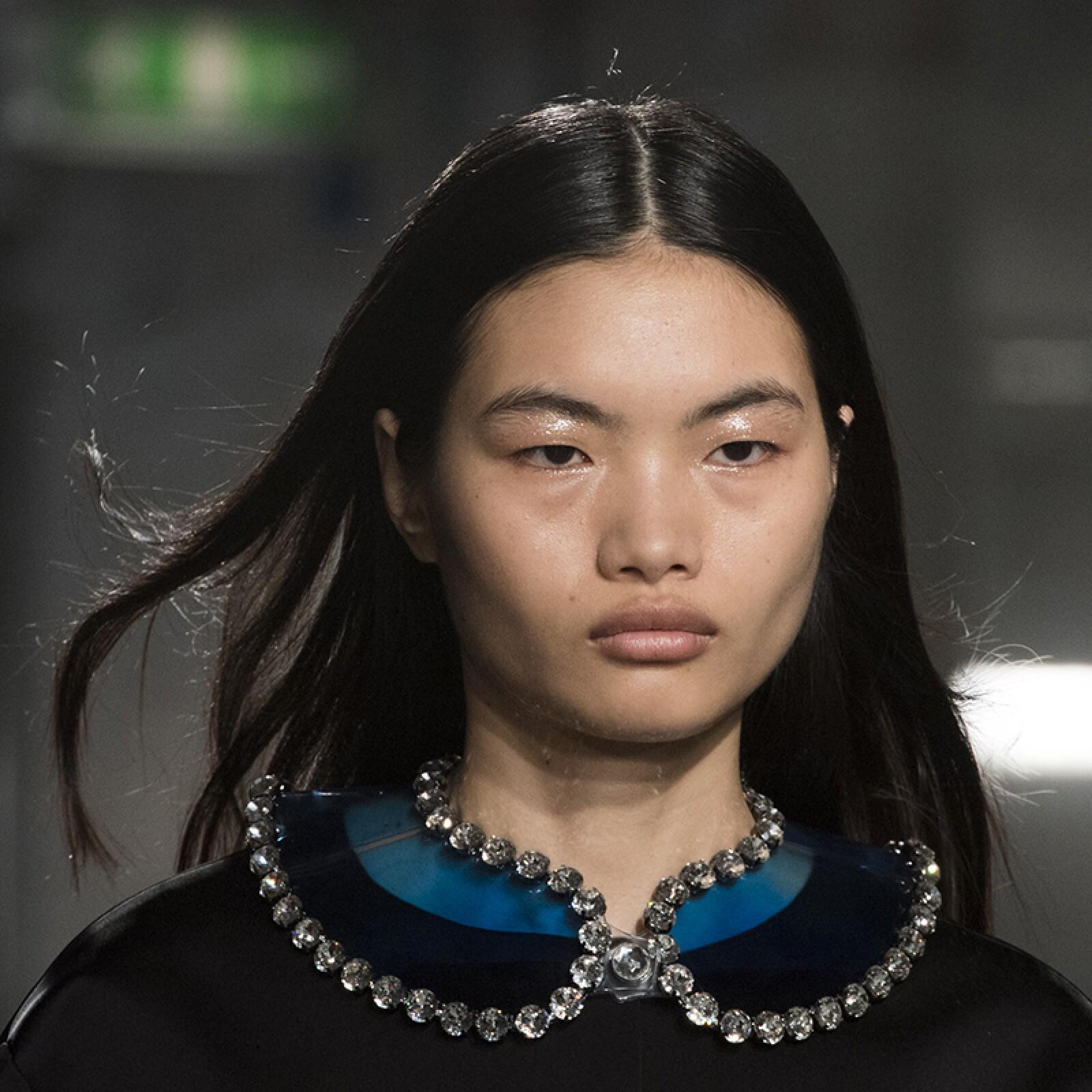 lfw-fashion-week-runway-beauty-looks-maquillaje-christopherkane