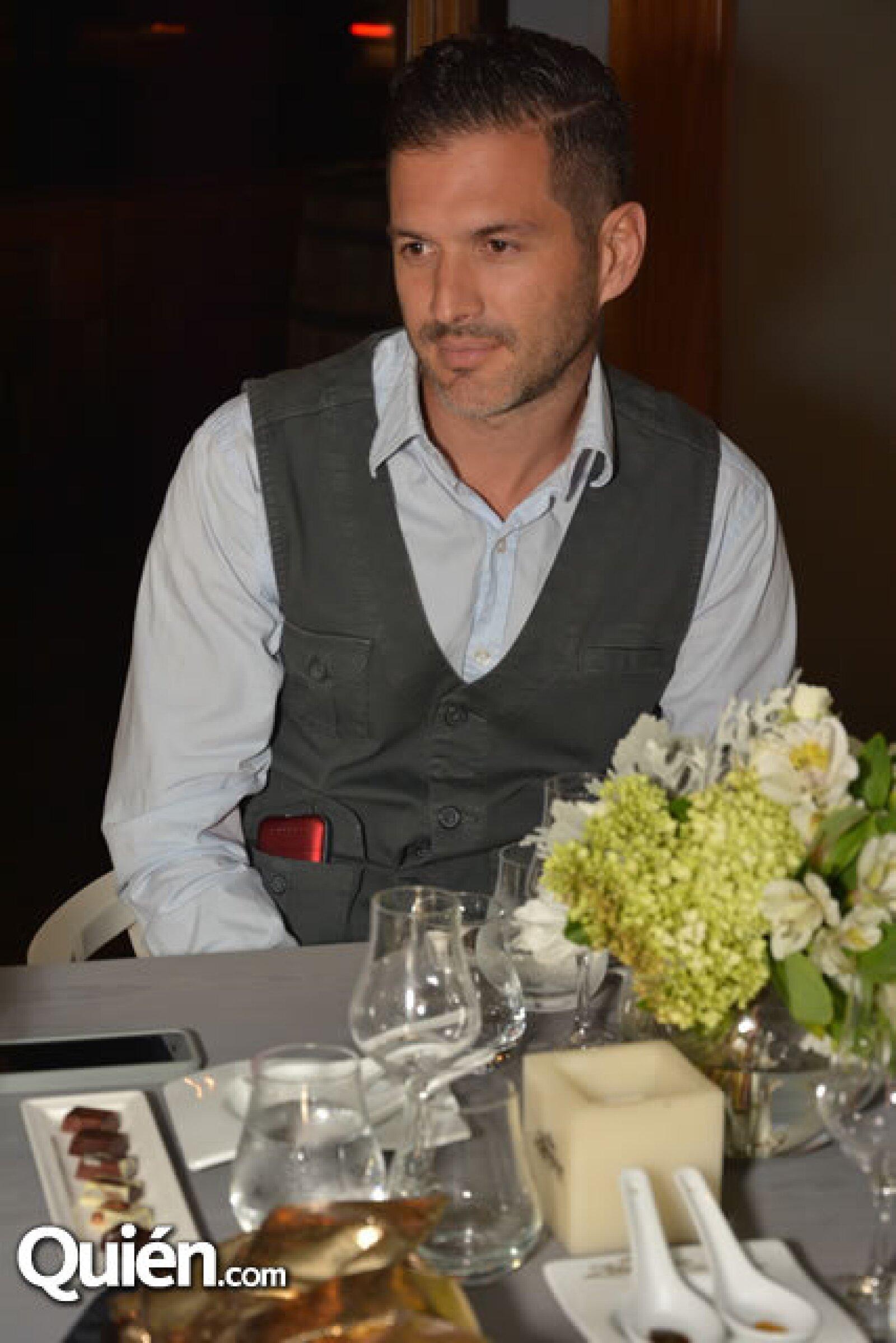 Jorge Solís.