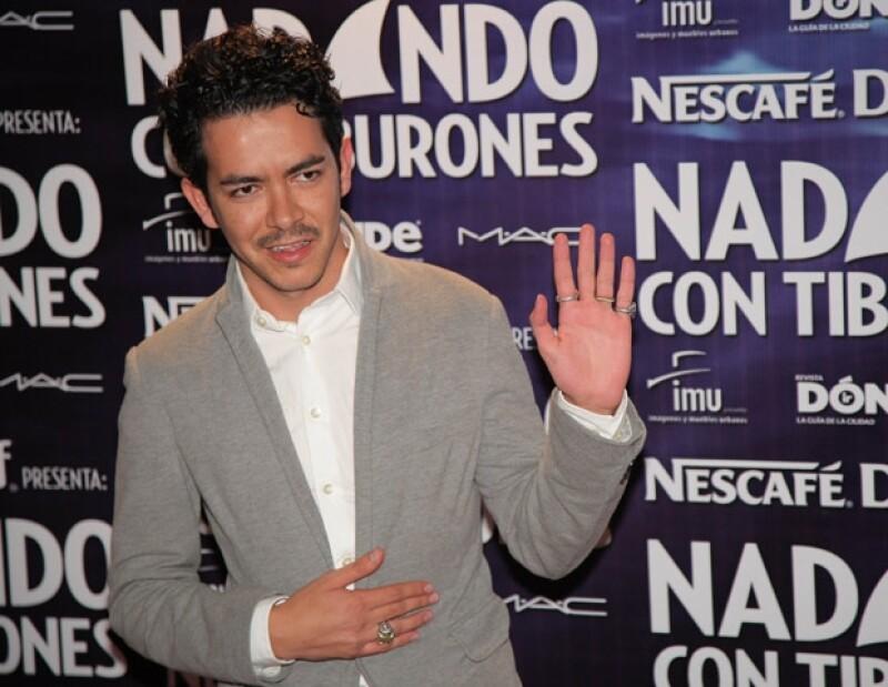 El productor y director teatral escogió a Eiza González y Alan Estrada como protagonistas.