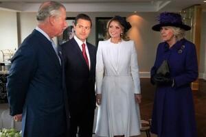Enrique Peña Nieto y su esposa Angélica Rivera también fueron recibidos por Carlos de Inglaterra y Camilla, duquesa de Cornwall.