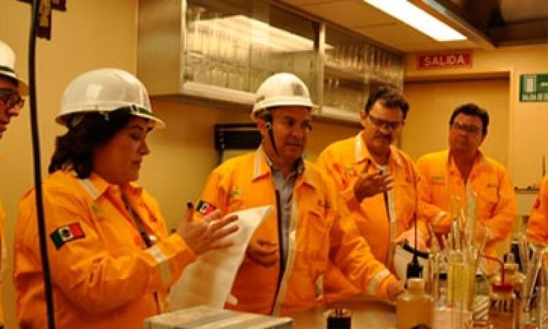 Trabajadores-de-Pemex-08