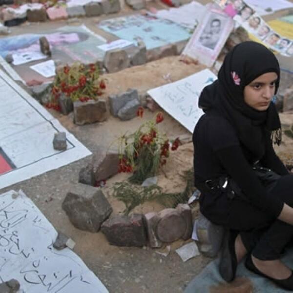 Manifestantes piden la muerte de Hosni Mubarak