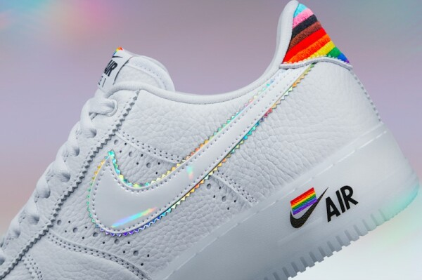 nike-air-force-pride