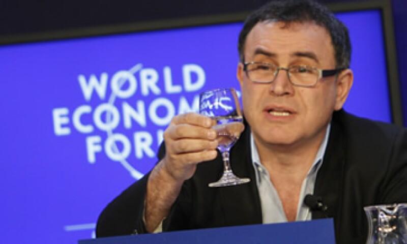Nouriel Roubini auguró un panorama sombrío de recesión en la eurozona y desaceleración en mercados emergentes. (Foto: AP)