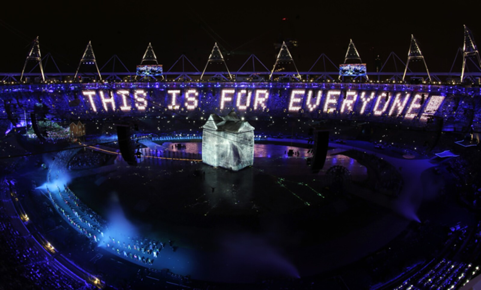 Londres rindió un homenaje a Sir Tim Berners-Lee, inventor de la World Wide Web.