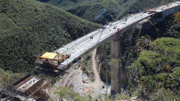 Puente infraestructura