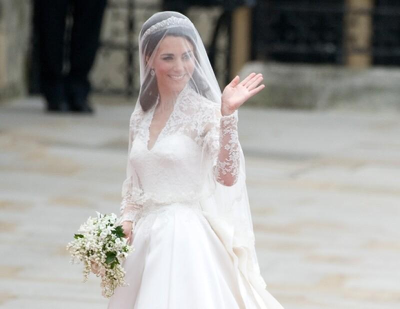 Desde que se reveló que Sarah Burton había diseñado su vestido de novia, el éxito de Alexander McQueen ha ido en aumento.