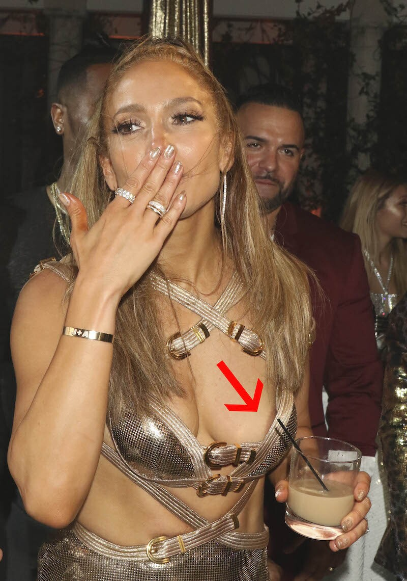 Jennifer Lopez Wardrobe Malfunction
