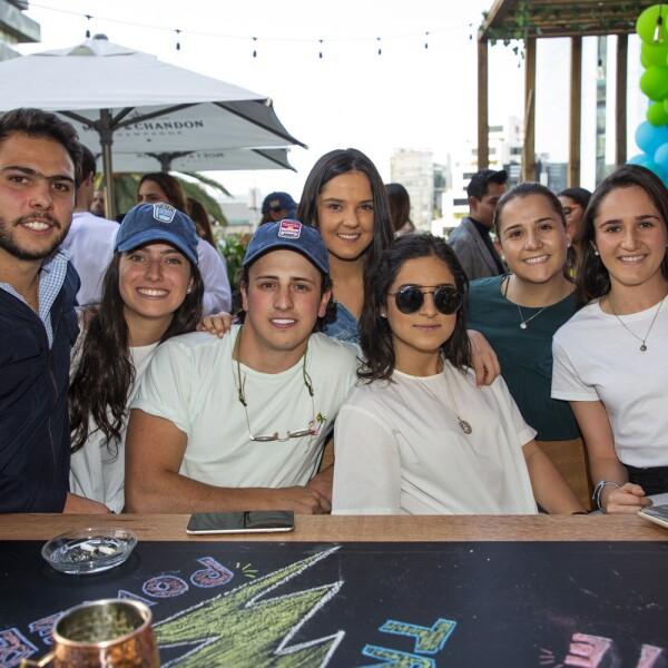 Mauro Gonzalez, Victoria Chamas, Mayte Cuesta, Andre Gutierrez, Maria Calderon, Ana Buenrostros, Ines Buenrostro