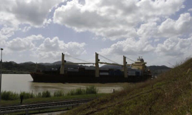La Autoridad del Canal de Panamá no reconoce los sobrecostos que señala el contratista. (Foto: Reuters)
